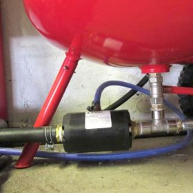 VMP Pinch Valve operated with foot pedal