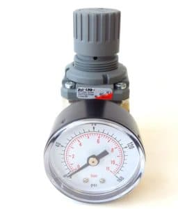 pressure regulator for pinch valve
