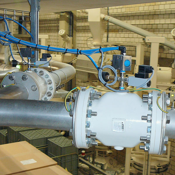 Pinch-valves-as-control-valves-for-Ex-zones-AKO-UK